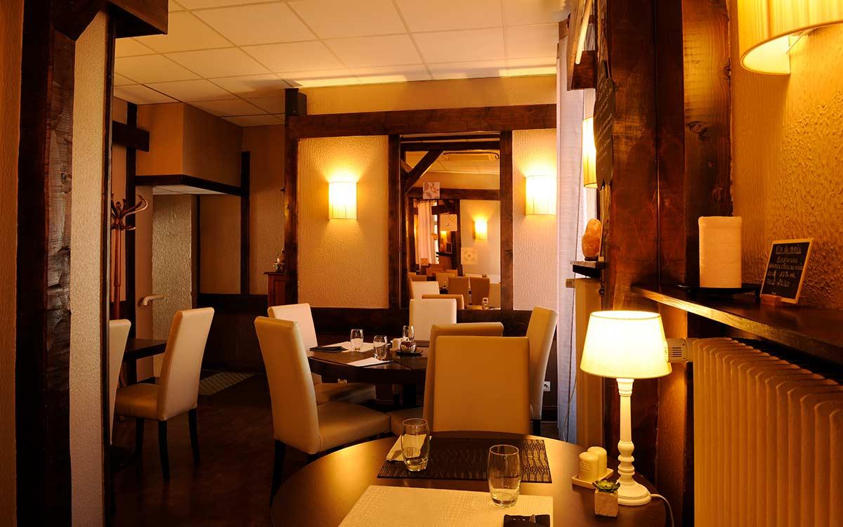salle restaurant climatisée - coté intime